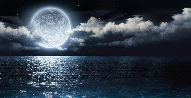 La NASA ha scoperto qualcosa di emozionante sulla Luna. Lo rivelerà il 26 ottobre