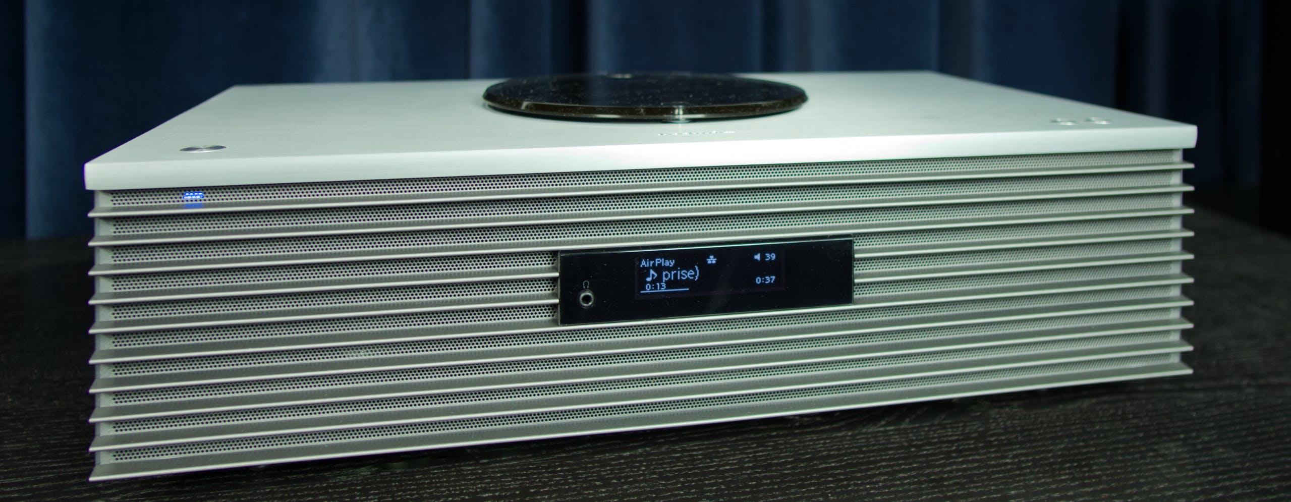 Technics SC-C70 mk2, in prova il sistema stereo che arreda e suona bene