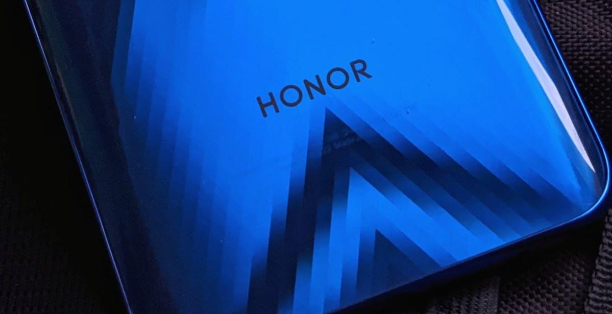 Huawei ha venduto Honor: la conferma arriva dalla Cina