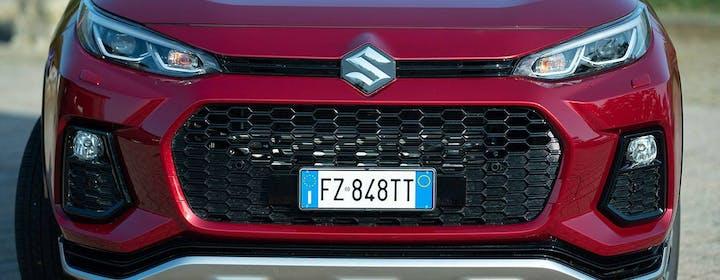 Una settimana con Suzuki Across Plug-in: l'autonomia elettrica stupisce, giù i consumi