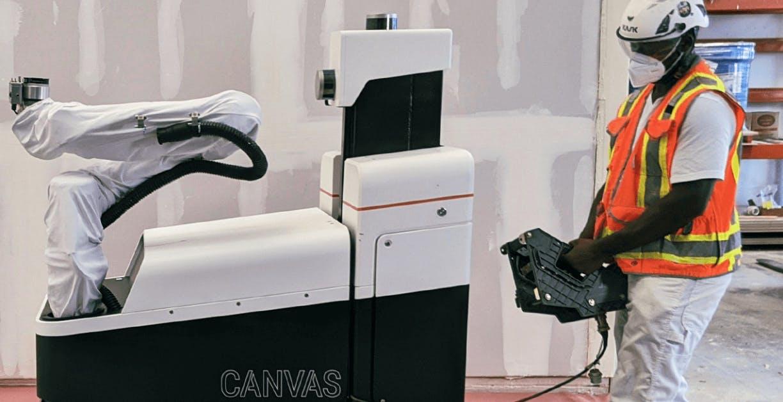 Ecco i bracci robot che tirano su muri di cartongesso più velocemente dell'uomo
