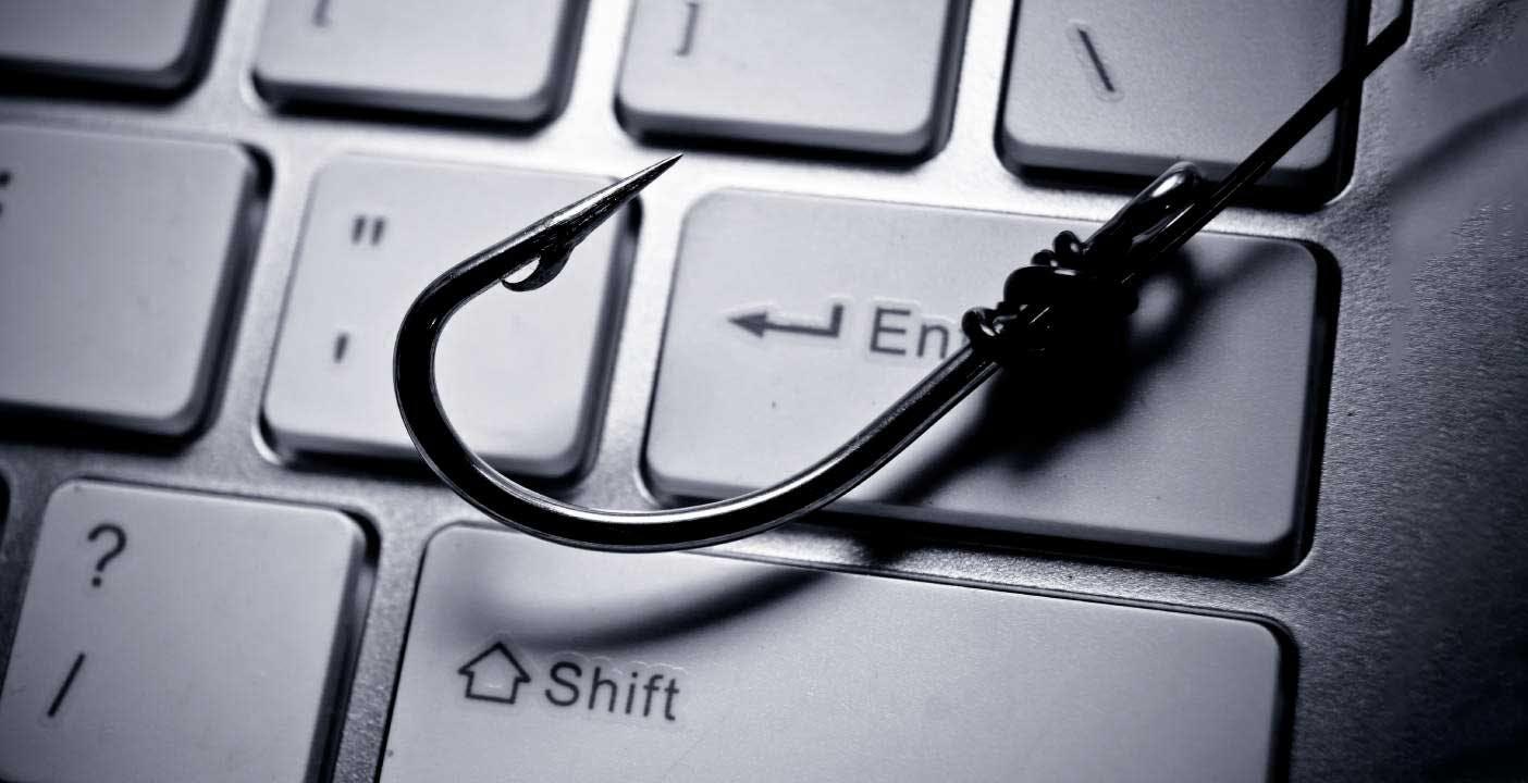 Come riconoscere e evitare le truffe quando si acquista online da negozi finti o privati