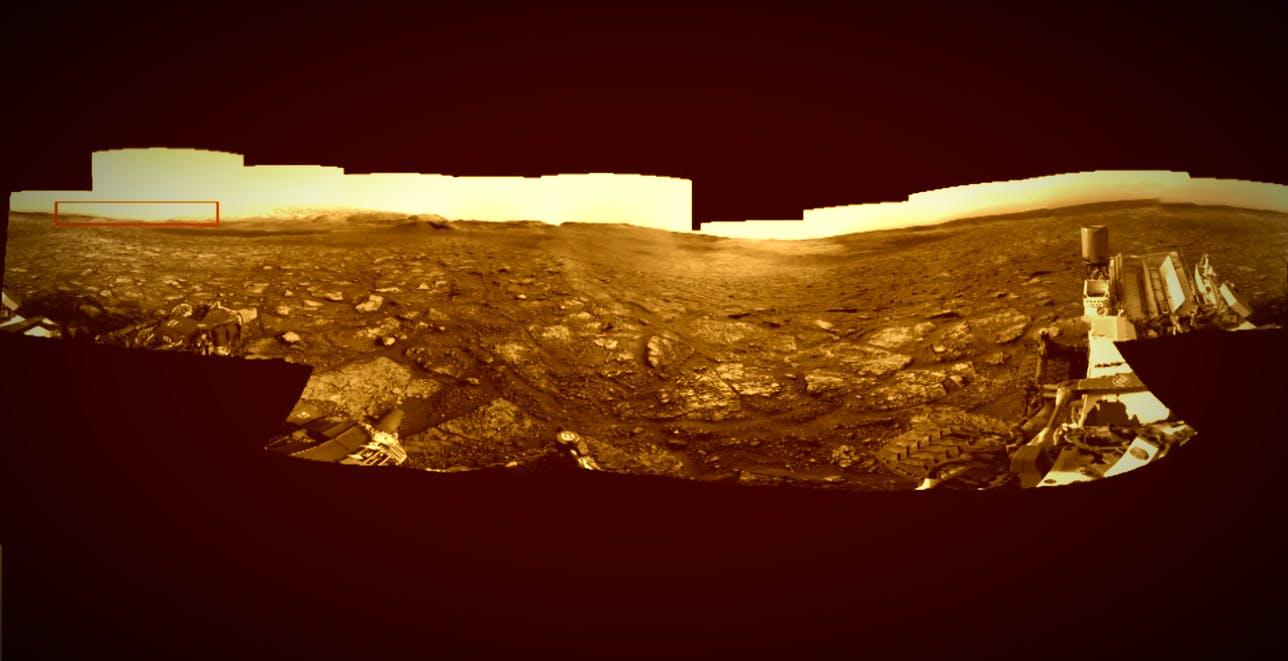 Curiosity stupisce ancora: Marte rivive in un panorama ultra dettagliato composto da 216 immagini