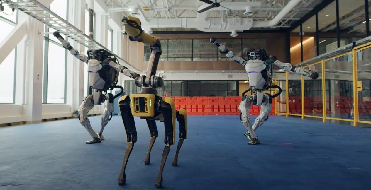 "I robot ballano ""Do you love me?"": Boston Dynamics stupisce ancora"