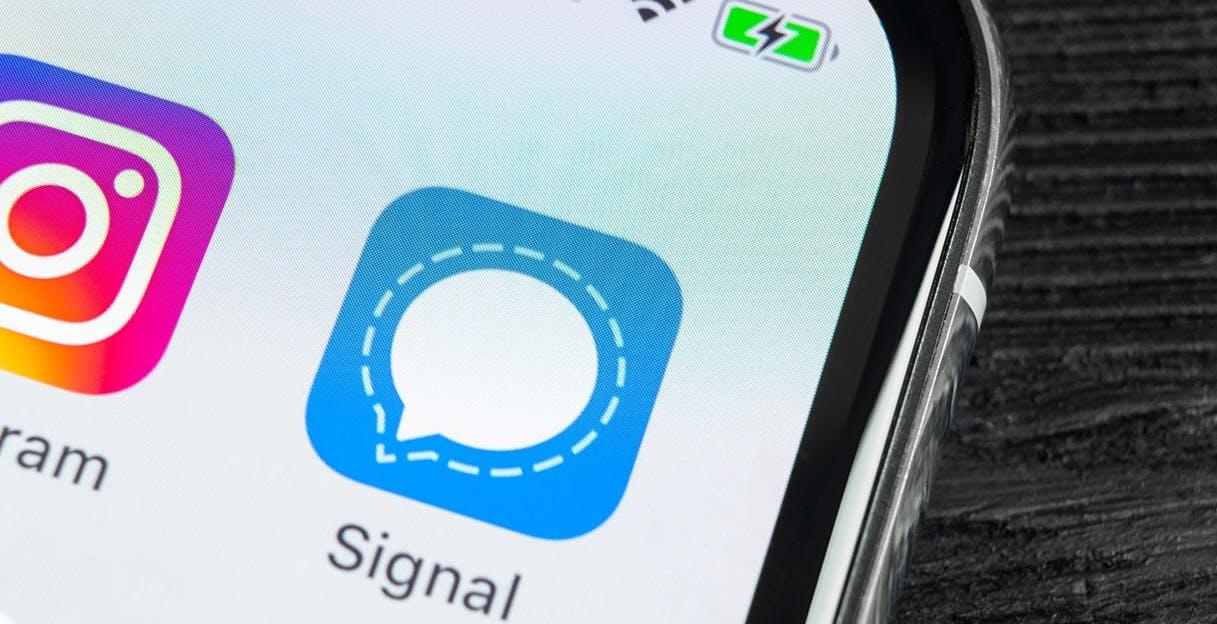 I download di Signal sono drasticamente cresciuti dopo un tweet di Musk e le critiche a Facebook e WhatsApp