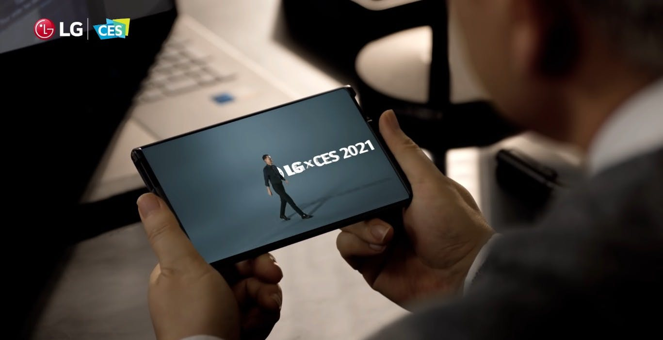 Lo smartphone arrotolabile di LG potrebbe non arrivare mai nei negozi