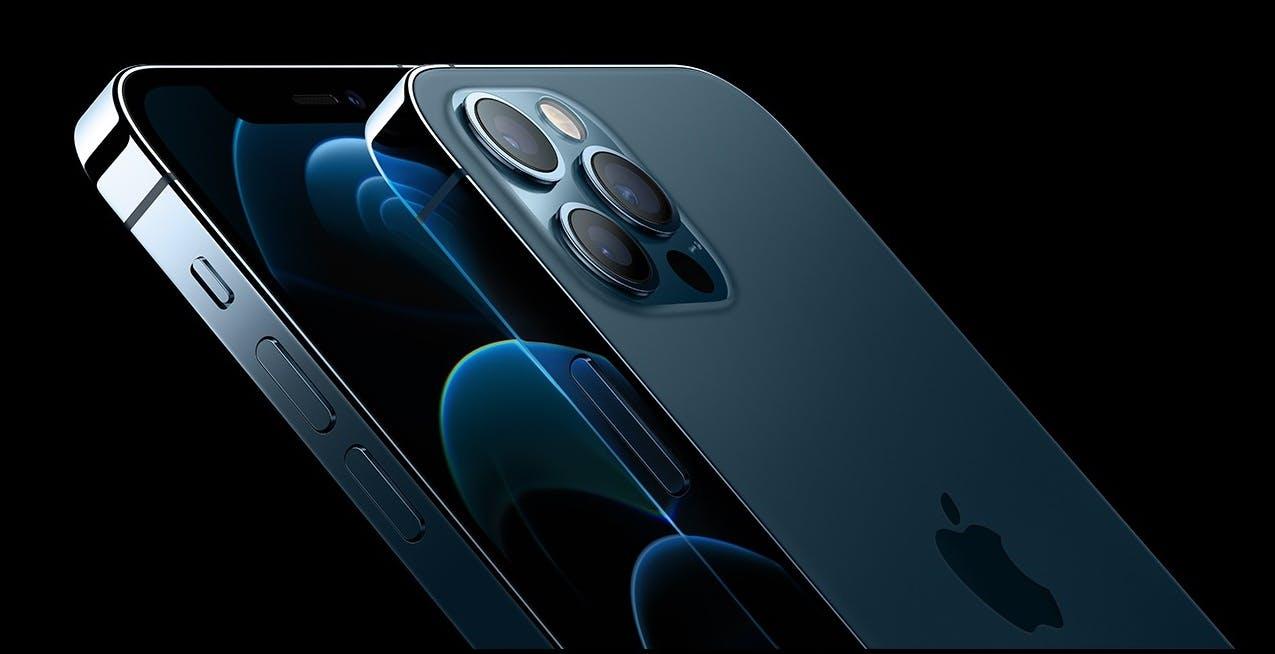 Apple, trimestrale record: superati i 100 miliardi. Per la prima volta più di un miliardo di iPhone attivi