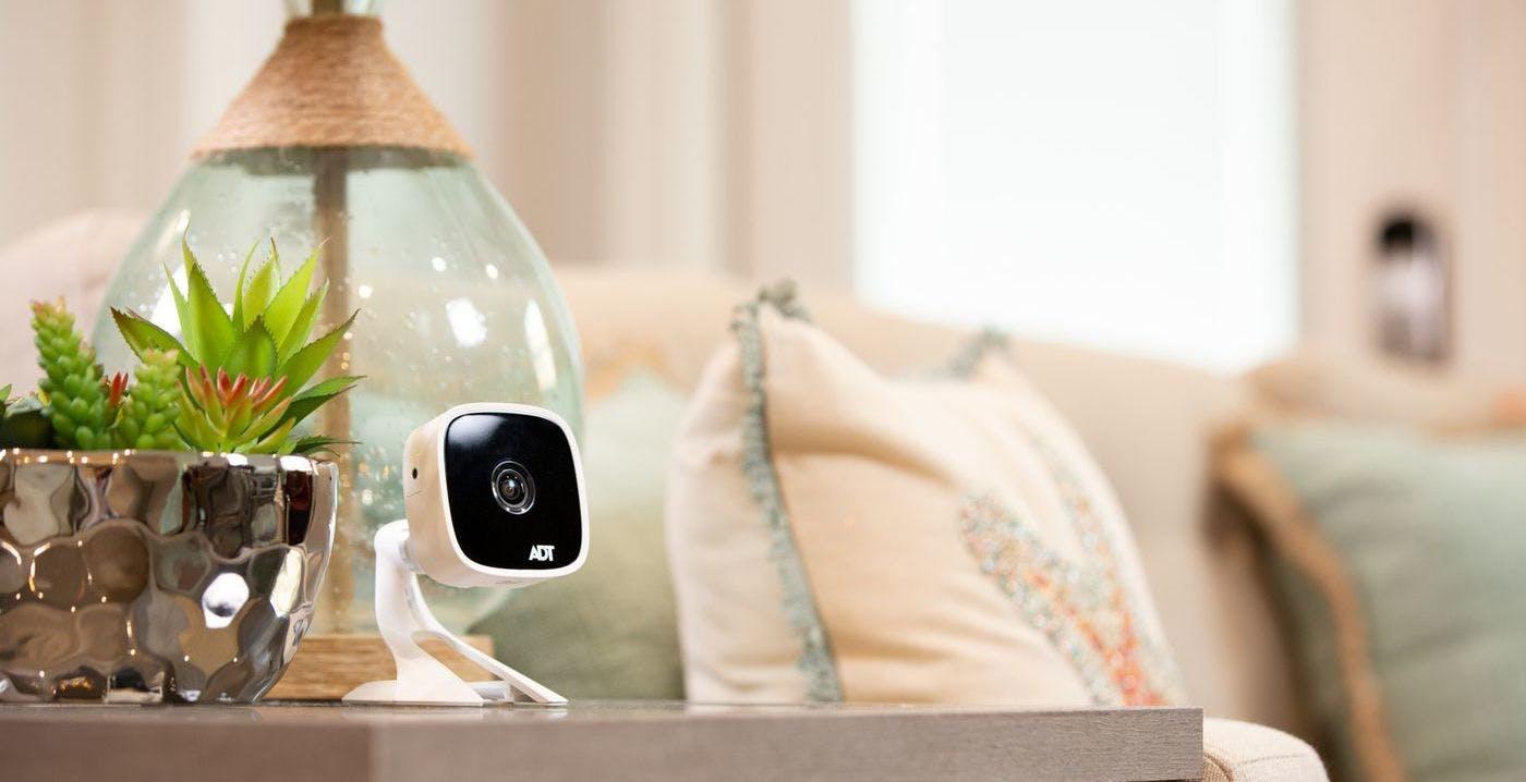 Attenzione alle videocamere di sicurezza LifeShield: un hacker potrebbe rubare le riprese
