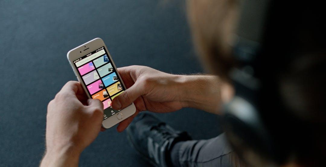 Spotify ha brevettato un sistema che raccomanda musica analizzando la tua voce