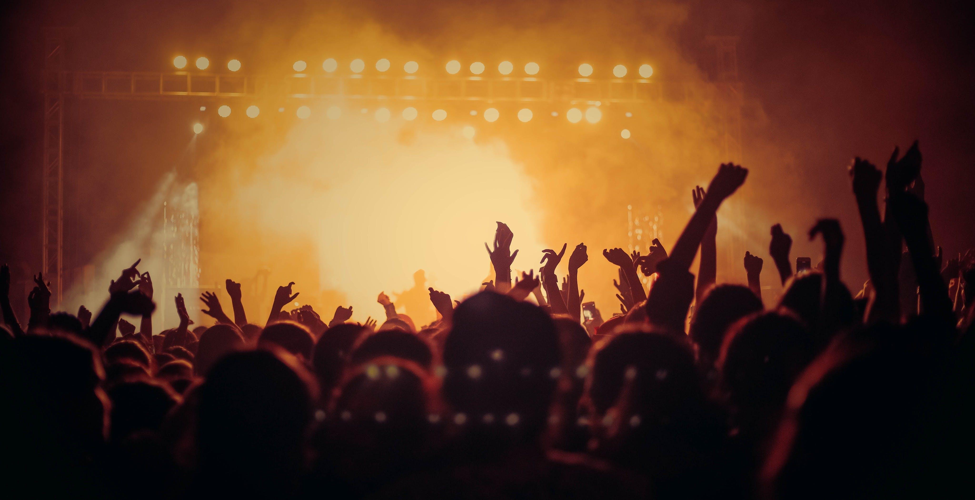 """""""I concerti dal vivo devono ripartire. Lo streaming? Non è la soluzione"""". L'appello di Claudio Trotta"""