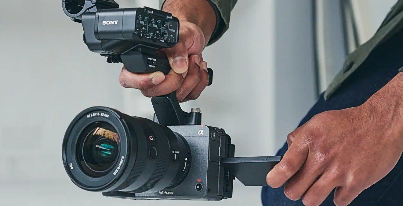 Sony svela FX3, la video camera full frame compatta che ha tanto della A7s III