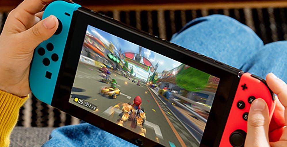 """La """"Switch Pro"""" prende corpo: Samsung le fornirà il nuovo schermo OLED da 7"""""""