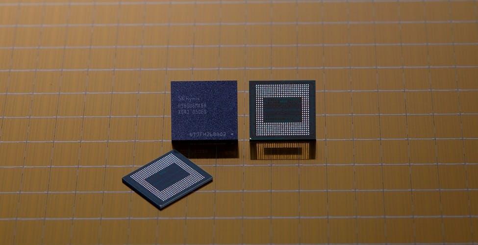 Hynix annuncia il modulo da 18 GB di RAM per smartphone e Asus è pronta ad usarlo
