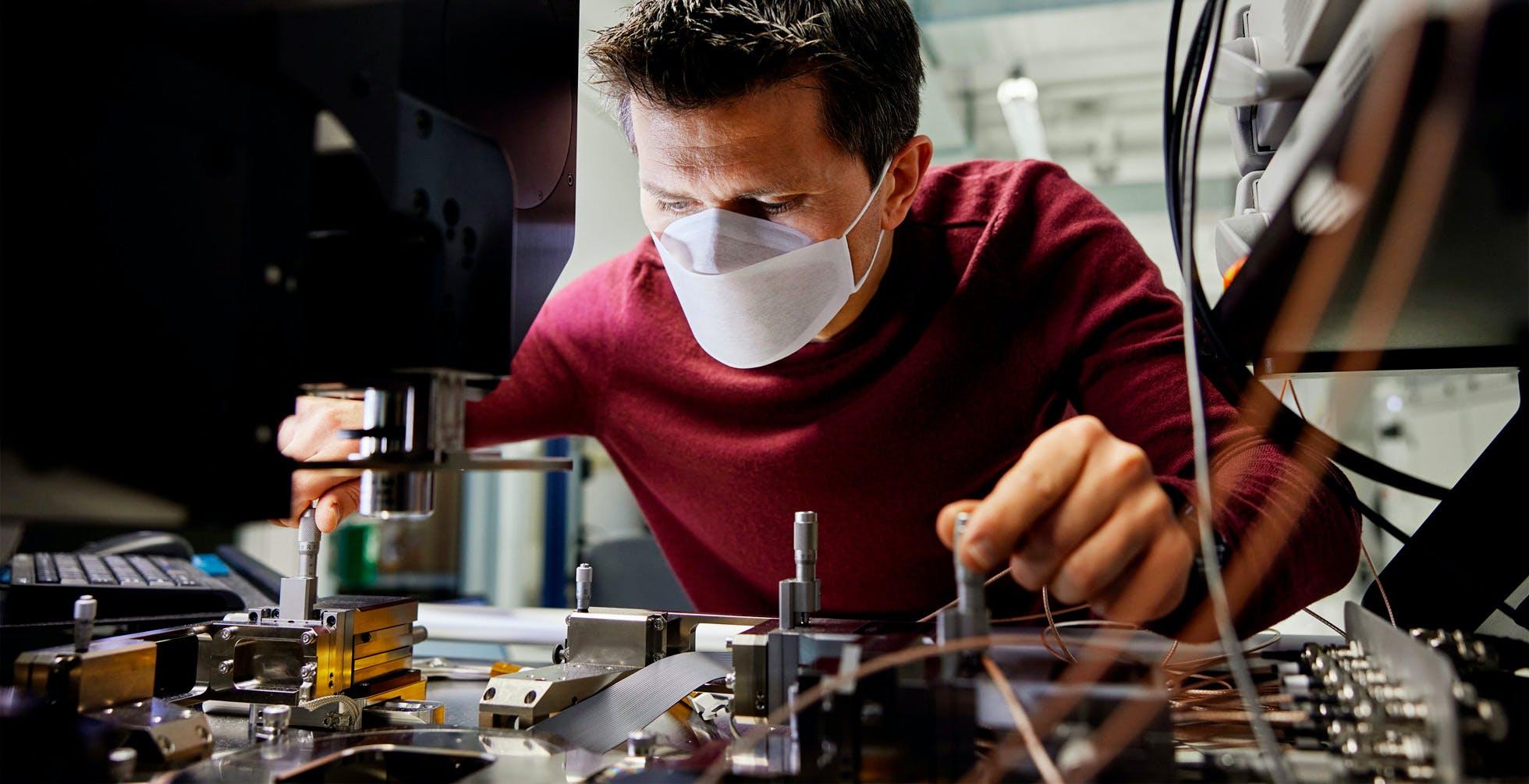 Nasce a Monaco il centro di sviluppo chip europeo di Apple. Un miliardo per le tecnologie di rete del futuro