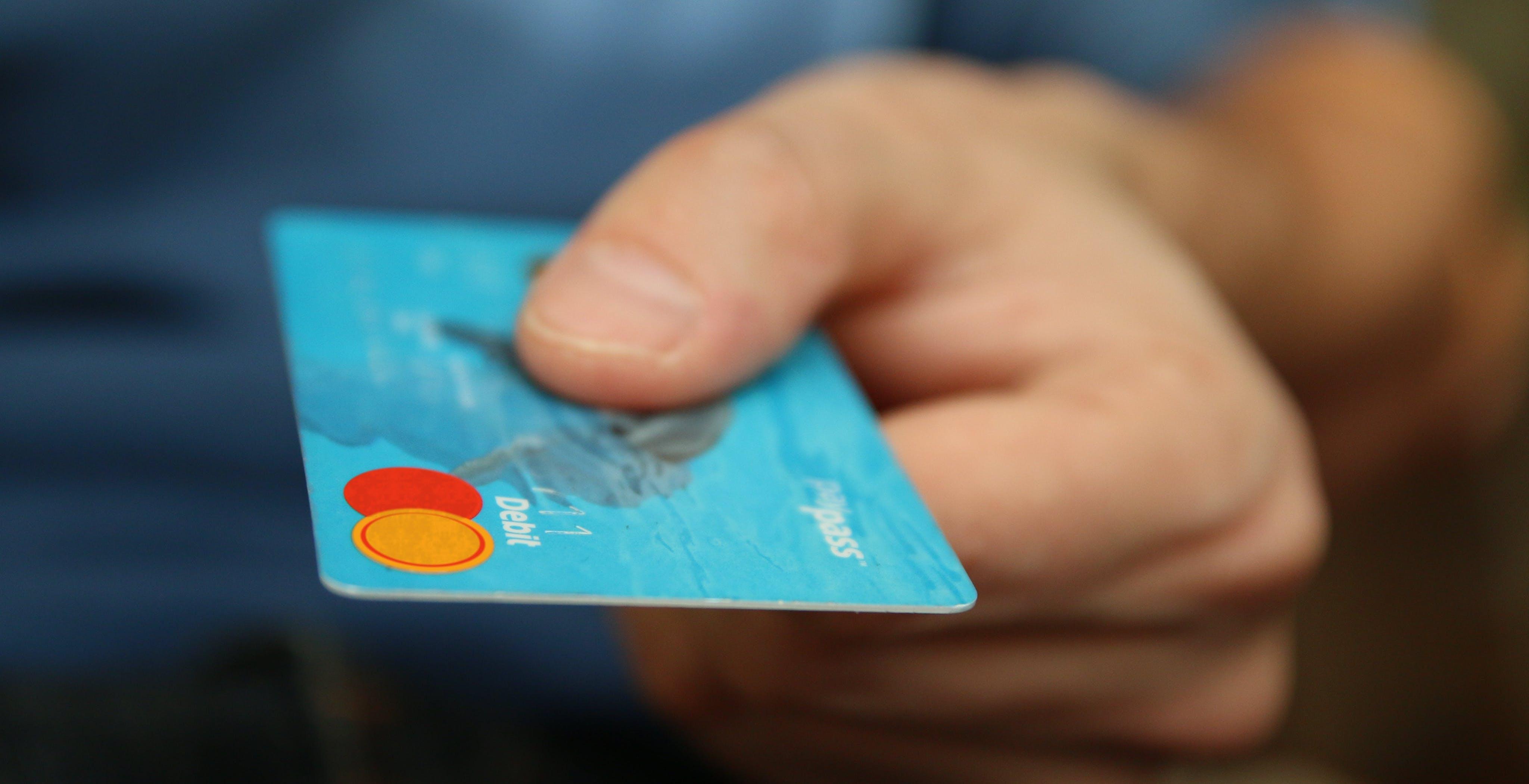 Cashback di Stato chiuso già a luglio: la proposta del sottosegretario dall'Economia