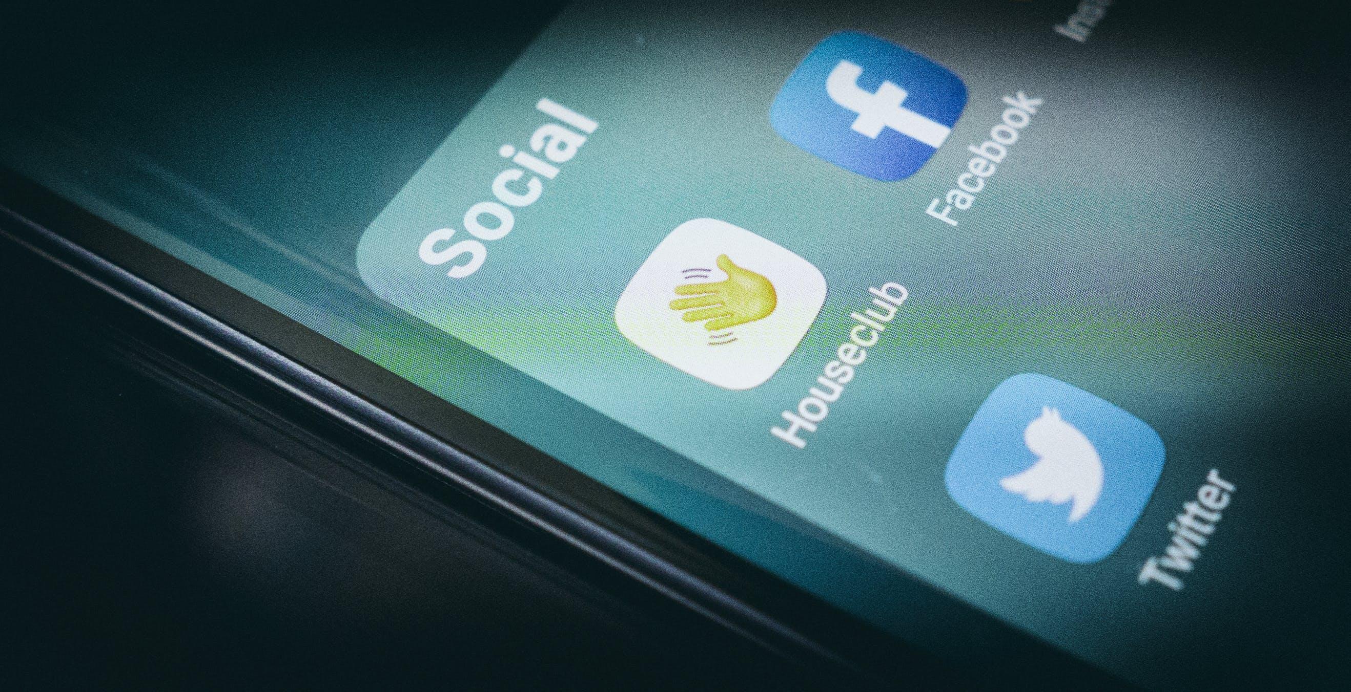 Clubhouse per Android, la versione non ufficiale esiste, è opensource e funziona. L'abbiamo provata