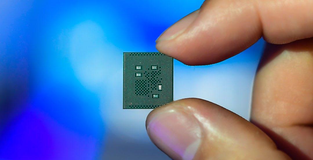 Snapdragon 780G 5G ufficiale. Sulla carta il miglior SoC del 2021, ma lo vedremo solo tra qualche mese