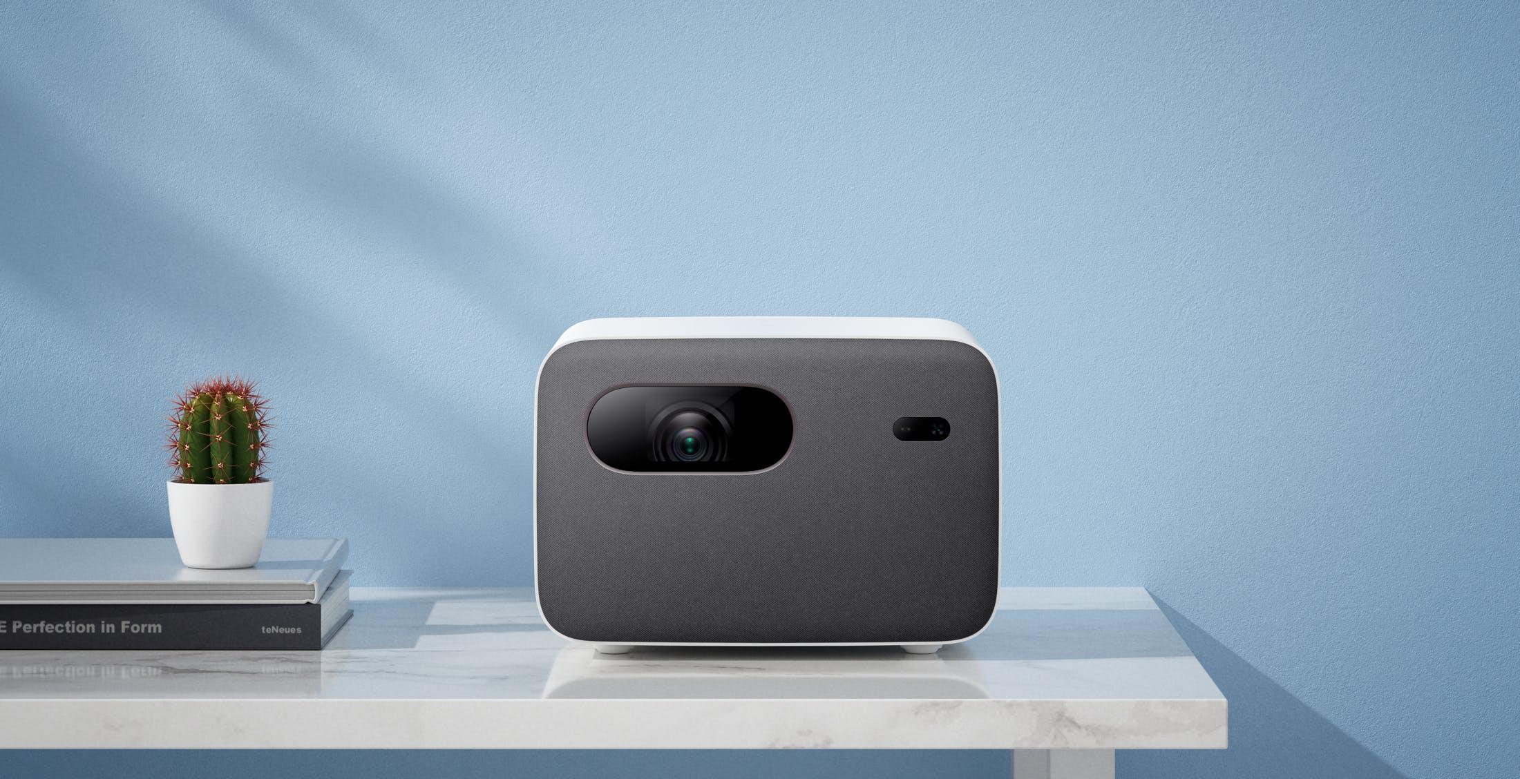 Mi Smart Projector 2 Pro arriva a maggio a 999 euro: sale il prezzo, non la risoluzione
