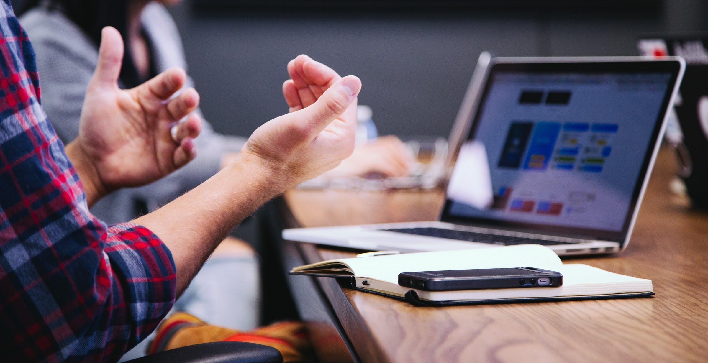 Startup innovative: per la costituzione serve per forza il notaio
