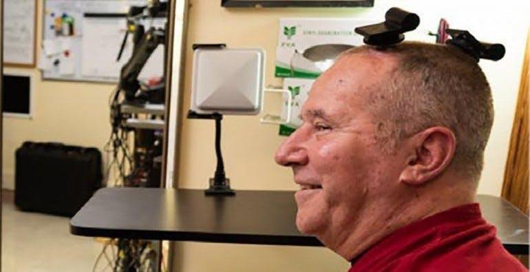 BrainGate è l'interfaccia neurale wireless che consente ai pazienti paralizzati di controllare il PC con il pensiero