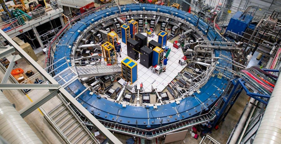 Finalmente trovata una crepa nel Modello Standard della fisica delle particelle?