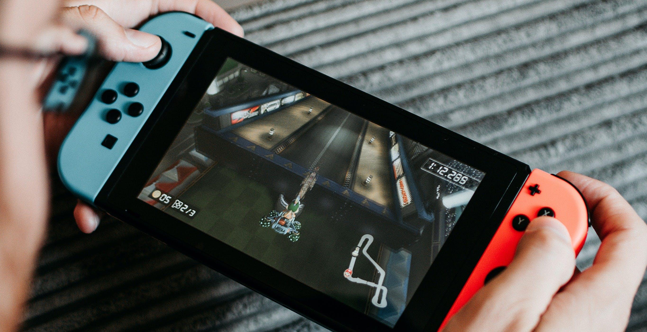 """La crisi dei chip colpisce anche Nintendo Switch: """"Possibile scarsità di scorte in futuro"""""""