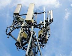L'Italia pronta ad alzare i limiti di emissione elettromagnetica per adeguarsi all'Europa. I no-5G iniziano lo sciopero della fame