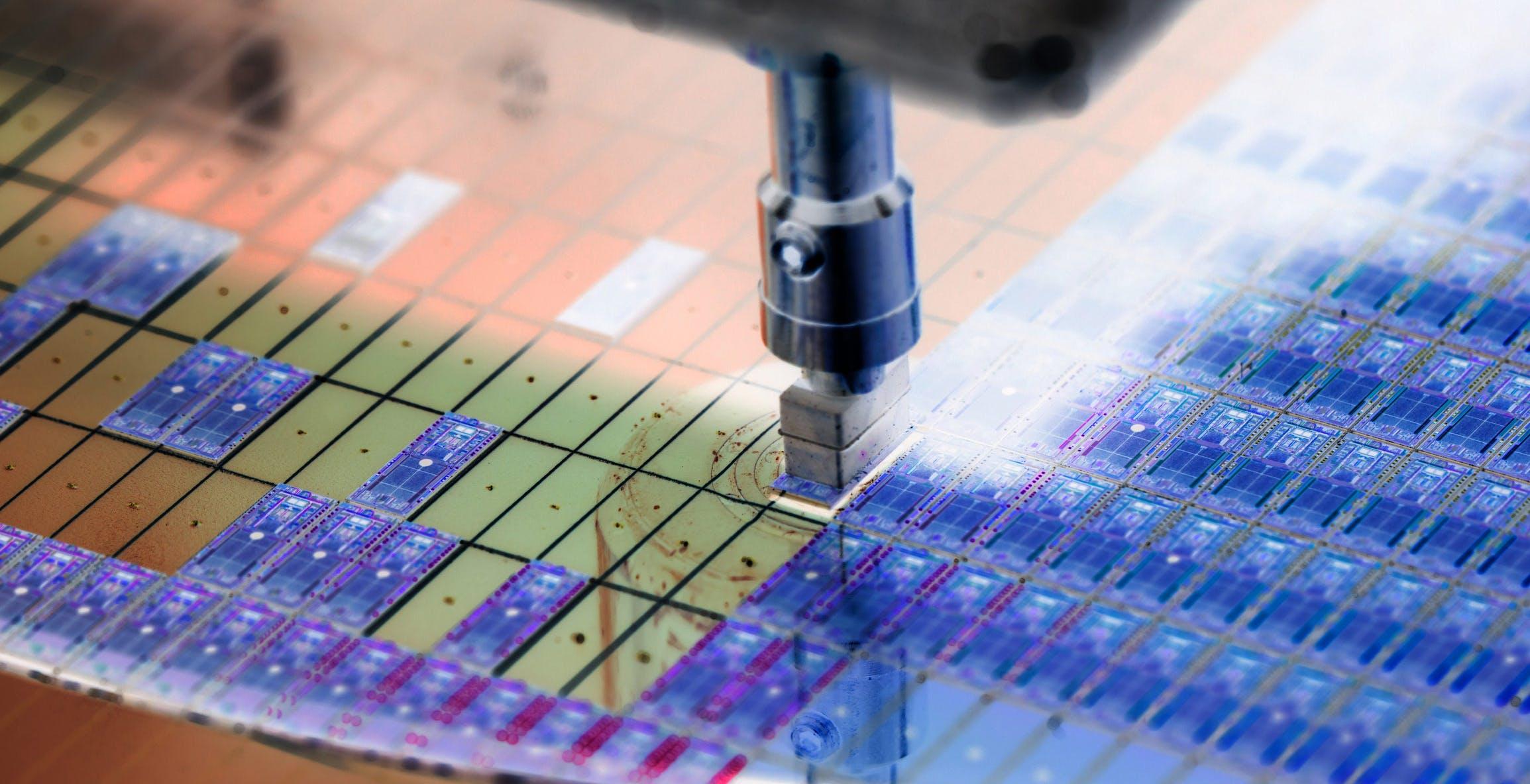 """Huawei spiega perché i chip sono introvabili. Dito puntato contro gli Usa: """"Colpa delle loro sanzioni"""""""