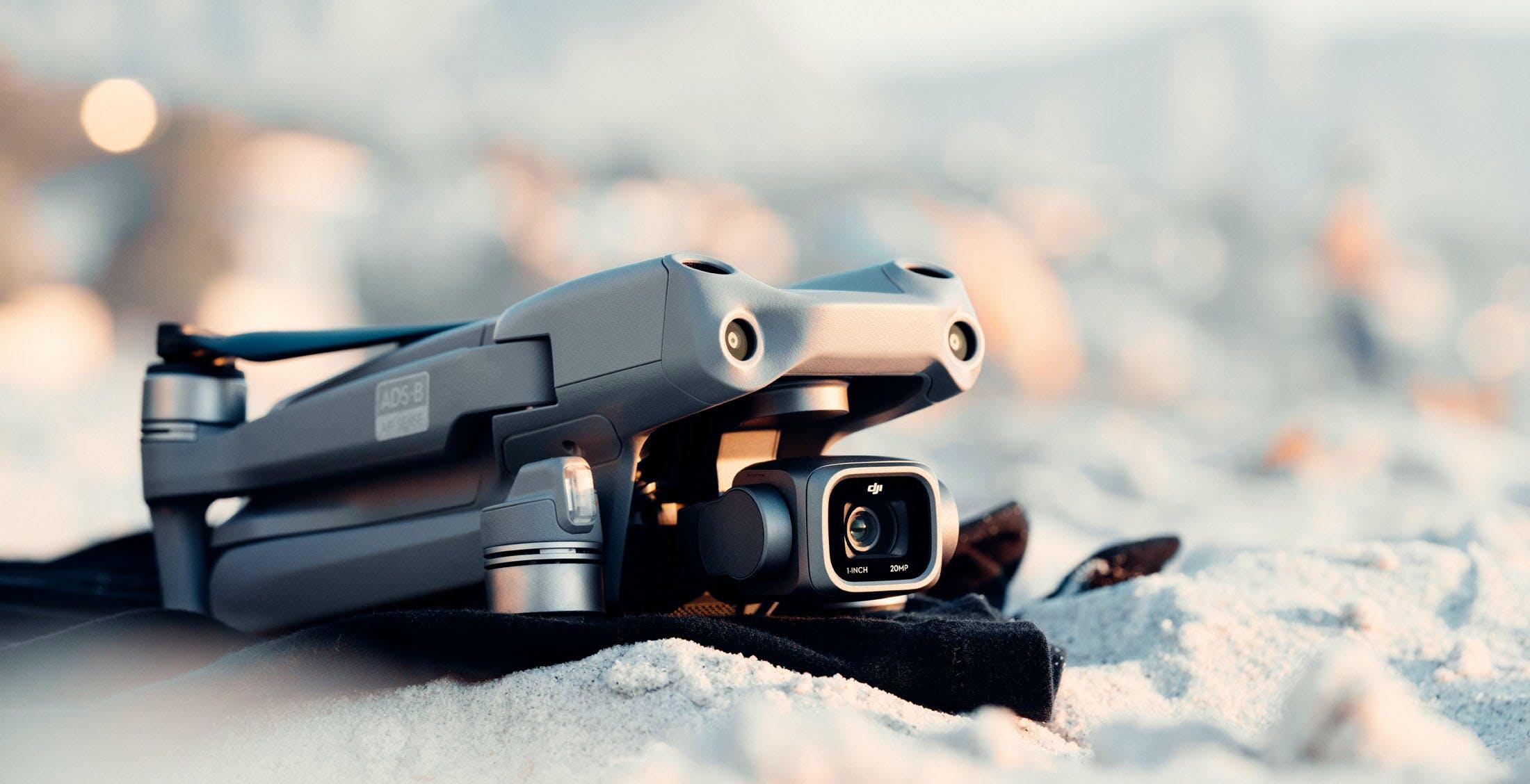 """DJI Air 2S, il drone perfetto in 600 grammi. Fotocamera da 1"""", rilevamento ostacoli totale e 30 minuti di autonomia"""