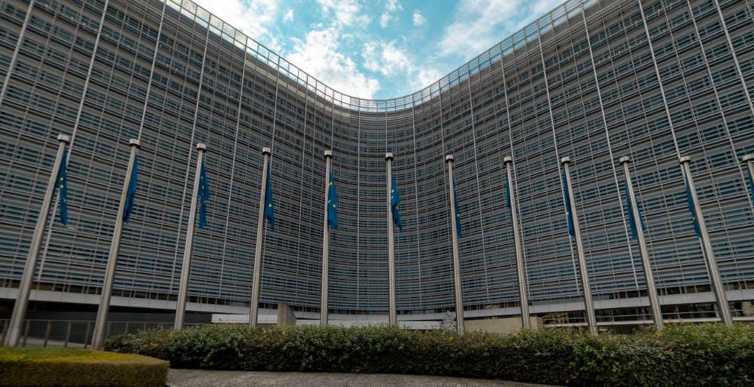 La Commissione Europea si appresta ad accusare Apple di violazione della concorrenza?