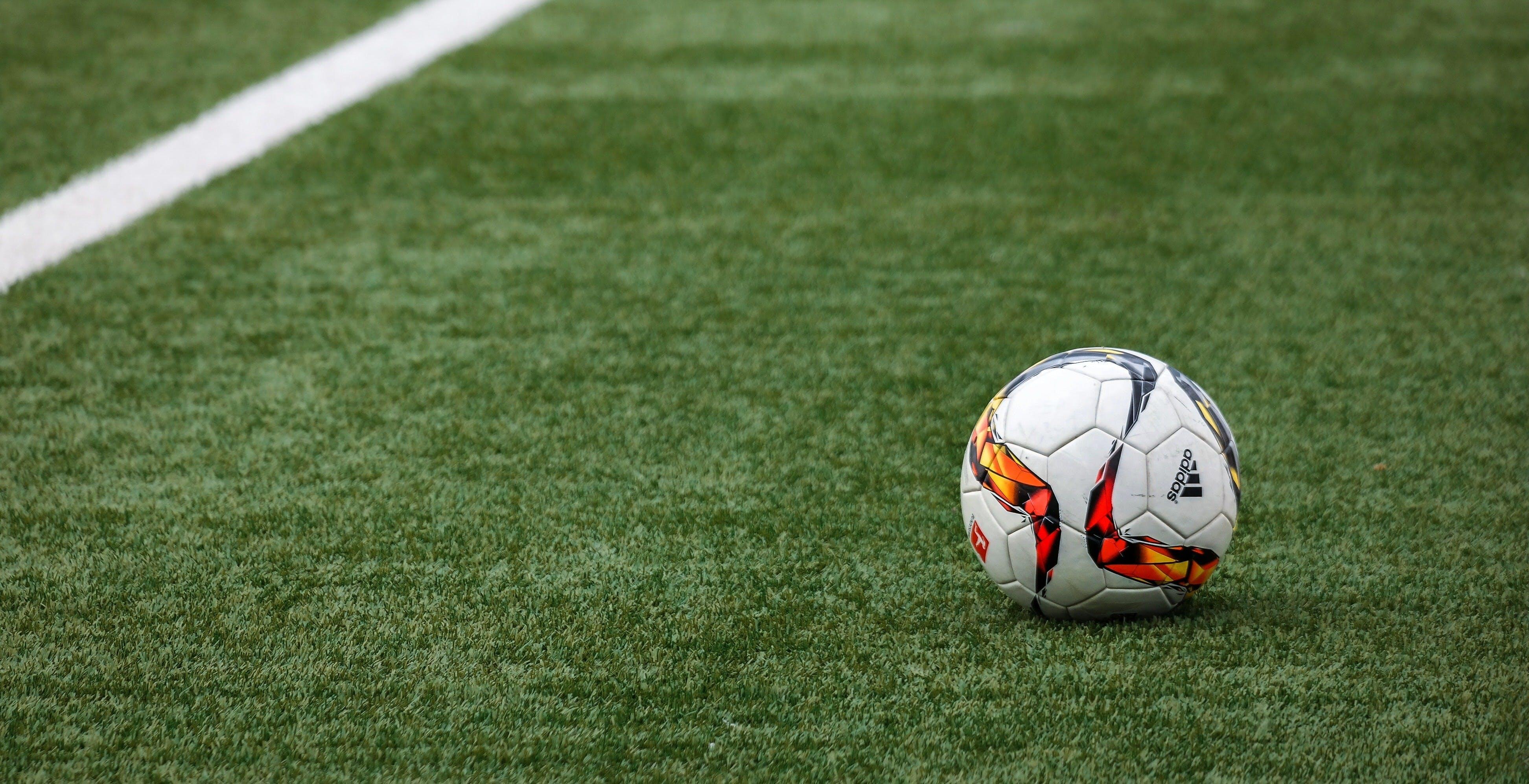 Diritti TV, la Serie B di calcio sarà anche su Sky, ma non in esclusiva