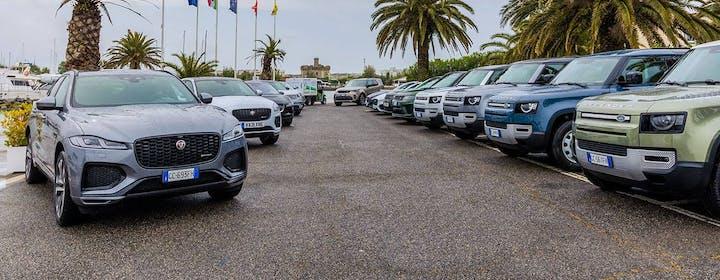 Un giorno con Jaguar Land Rover: tutta la gamma punta su ibrido plug-in e tecnologia a bordo