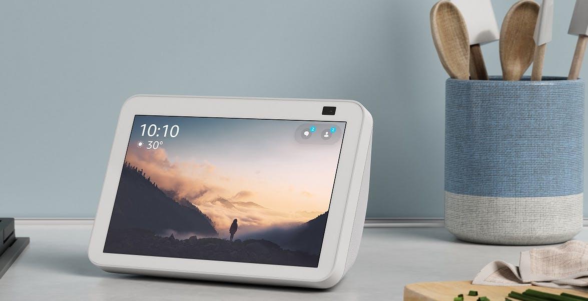 Amazon aggiorna Echo Show 5 ed Echo Show 8: fotocamera migliorata e prezzo più basso