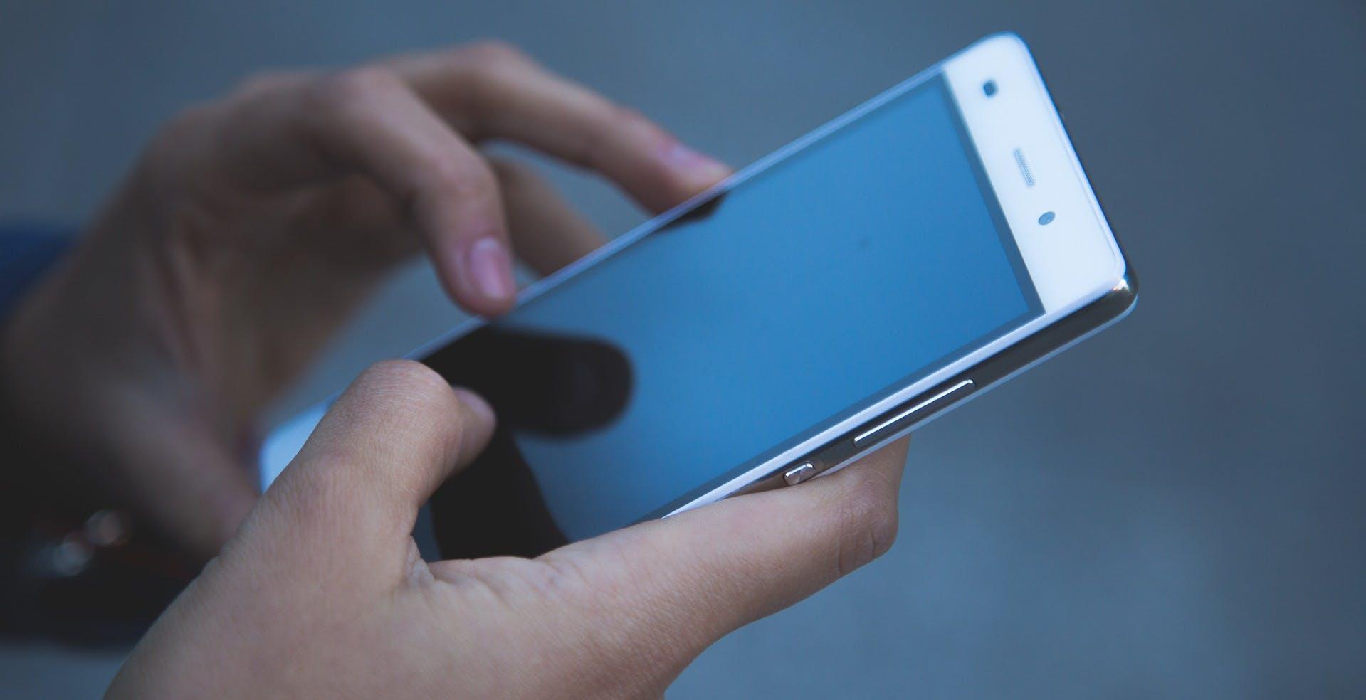 Opensignal: WindTre ha la rete più veloce, Vodafone è prima con lo streaming