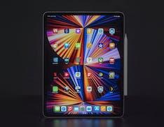 """La recensione dell'iPad Pro 12.9"""". Schermo Mini LED, qualità assoluta"""