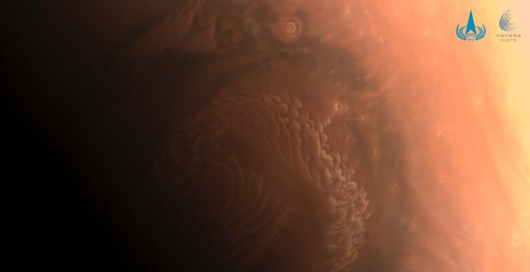 Ecco le prime foto scattate dal rover cinese Zhurong su Marte