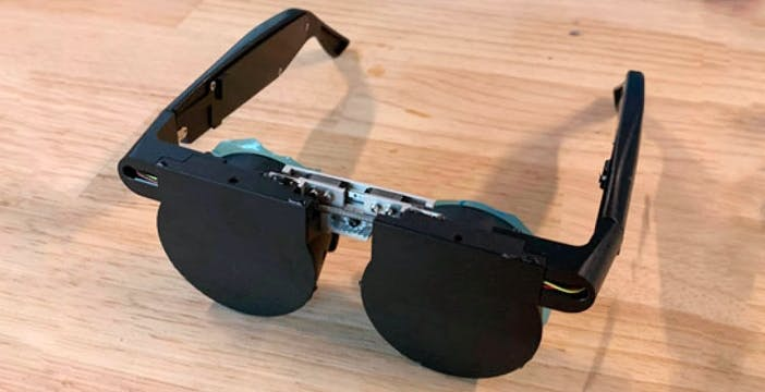 Visore VR grande come un paio di occhiali? I Facebook Reality Labs mostrano gli ultimi progressi