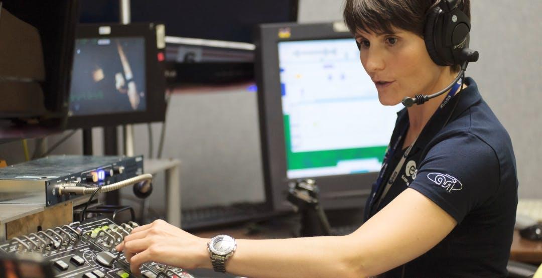 Samantha Cristoforetti sarà comandante della Stazione Spaziale Internazionale. Volerà con la Crew Dragon