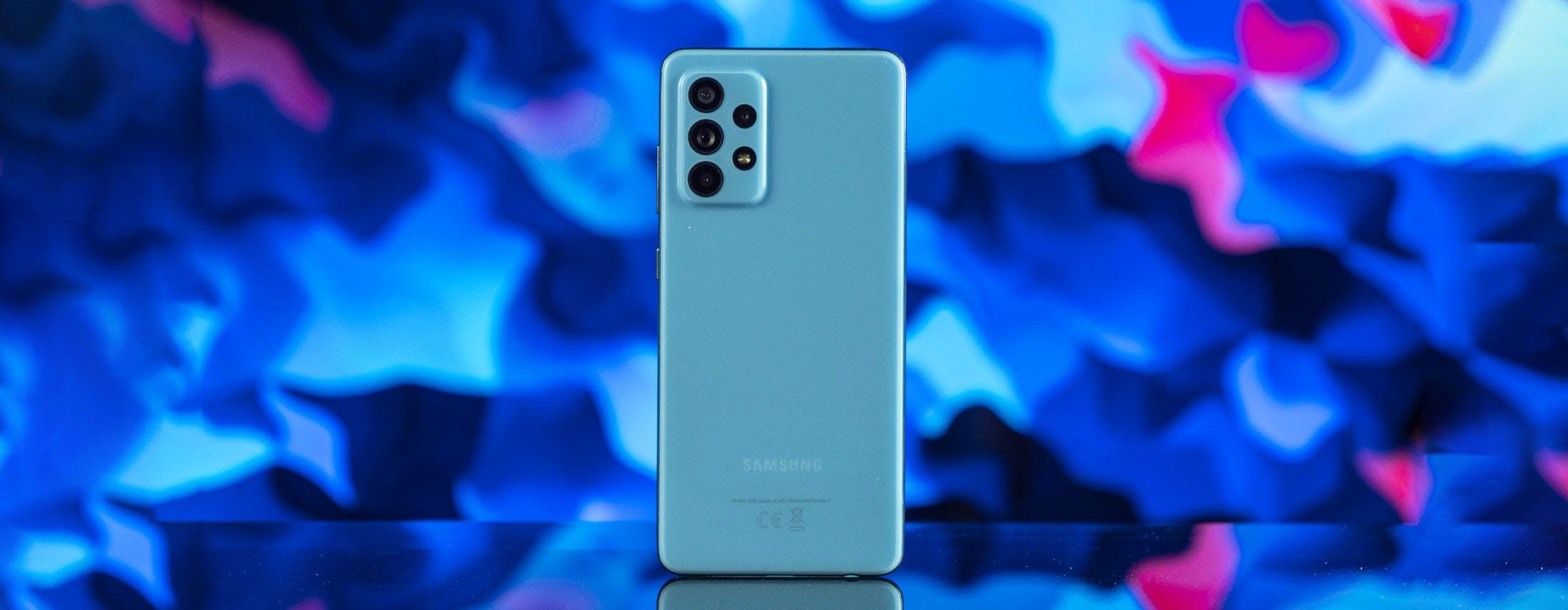 Recensione Samsung Galaxy A52. Per rapporto qualità prezzo oggi è imbattibile