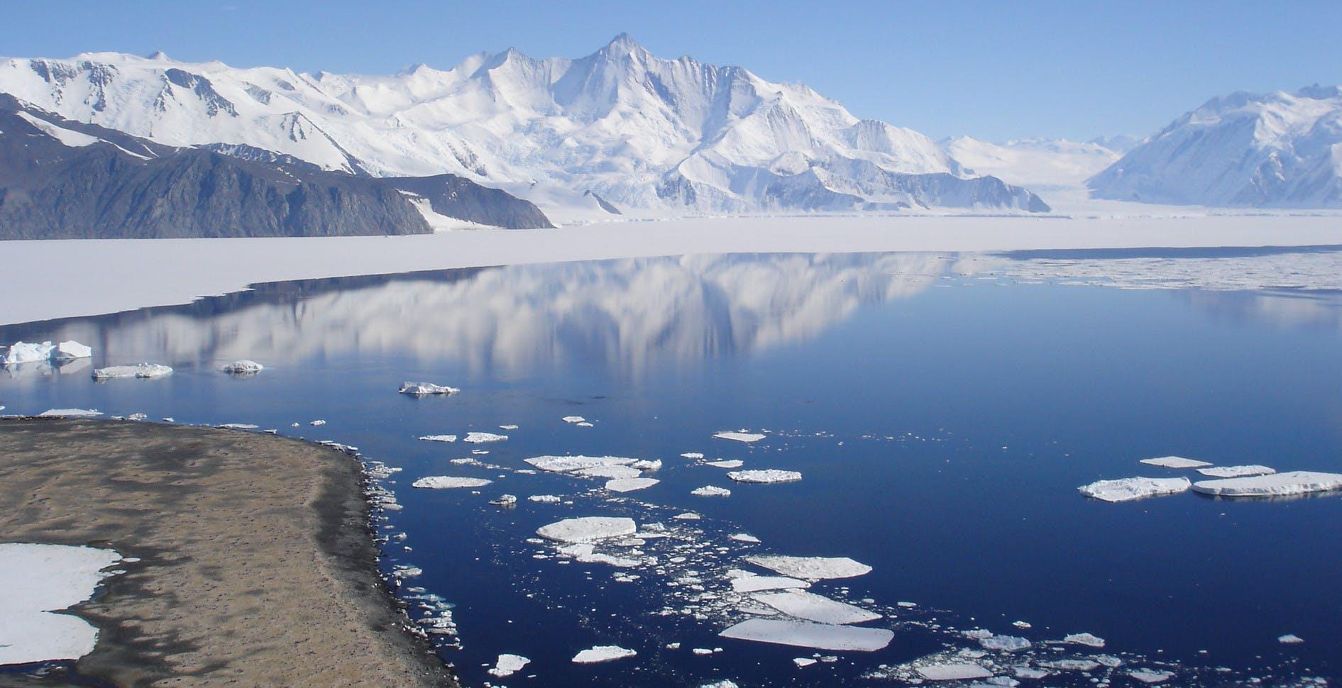 """Da oggi gli oceani diventano cinque: oltre a Pacifico, Atlantico, Indiano ed Artico, """"nasce"""" l'oceano Meridionale"""