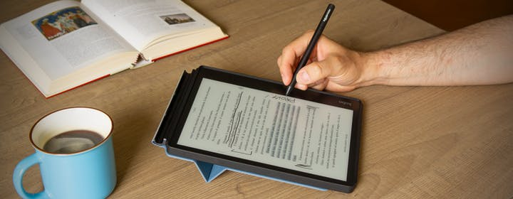 """Recensione Kobo Elipsa: schermo e-Ink da 10,3""""  e penna per gli appunti. L'eBook definitivo"""