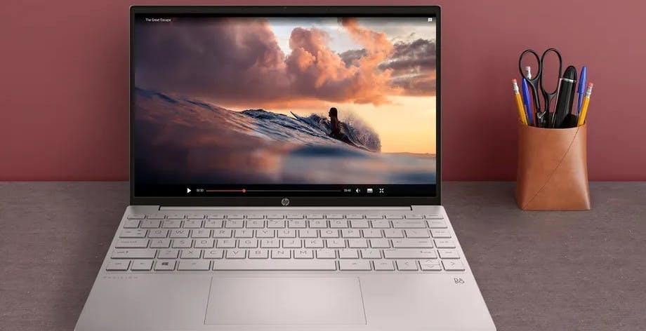 HP lancia un vero gioiellino: il portatile Pavilion Aero 13 con CPU AMD Ryzen pesa meno di un chilo