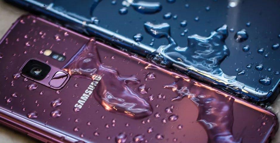C'è una geniale app per Android che controlla se uno smartphone è davvero waterproof