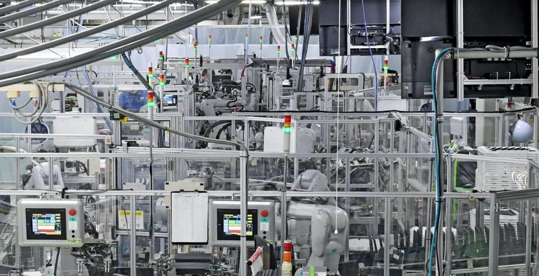 Sony userà robot al posto degli umani per assemblare i TV. Costi di produzione abbattuti del 70%