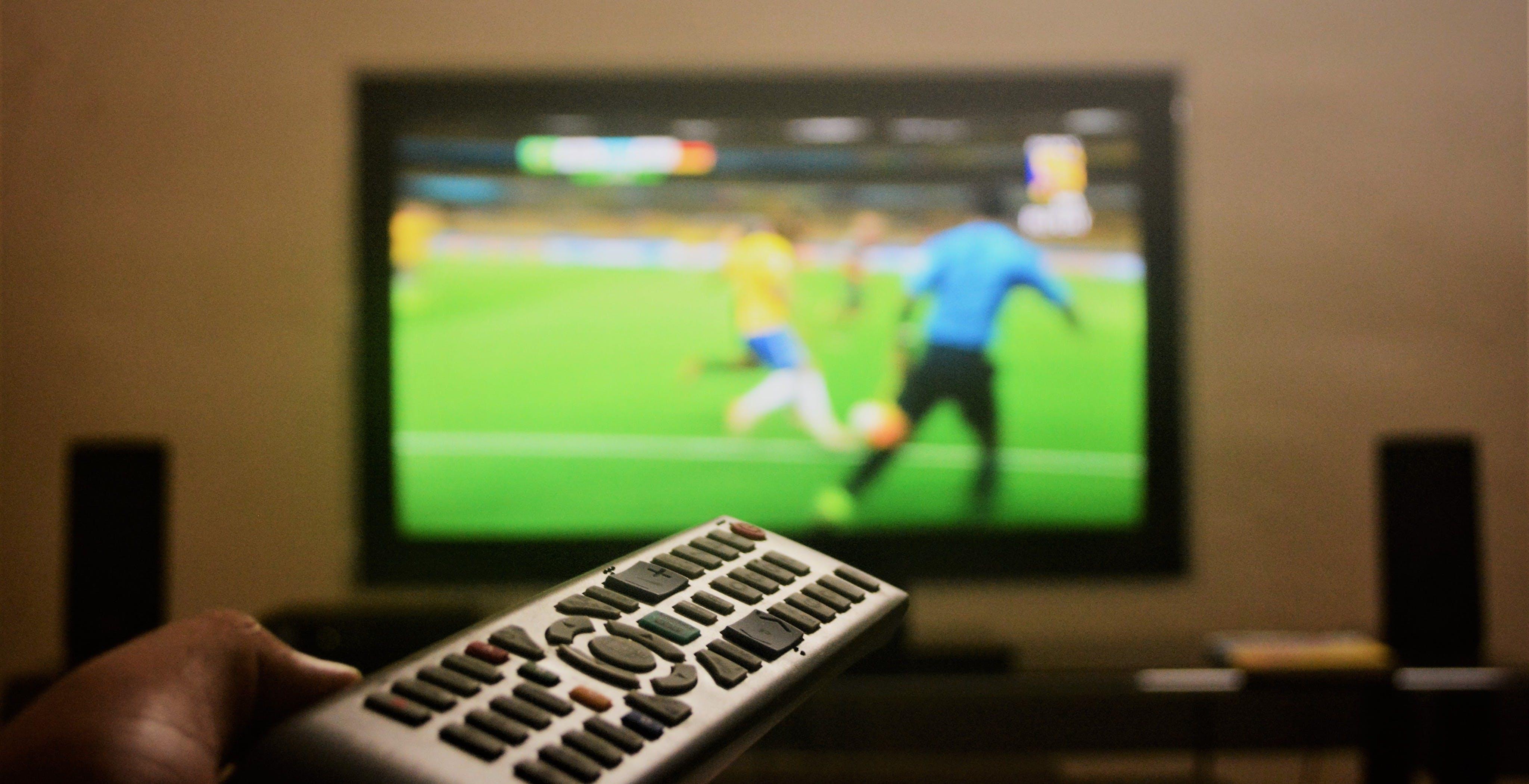 Pirateria, i numeri del 2020: 11 milioni di persone hanno usato IPTV illegali e 2 milioni hanno pagato un abbonamento