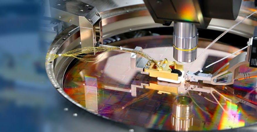Intel sta trattando l'acquisto di GlobalFoundries per 30 miliardi di dollari