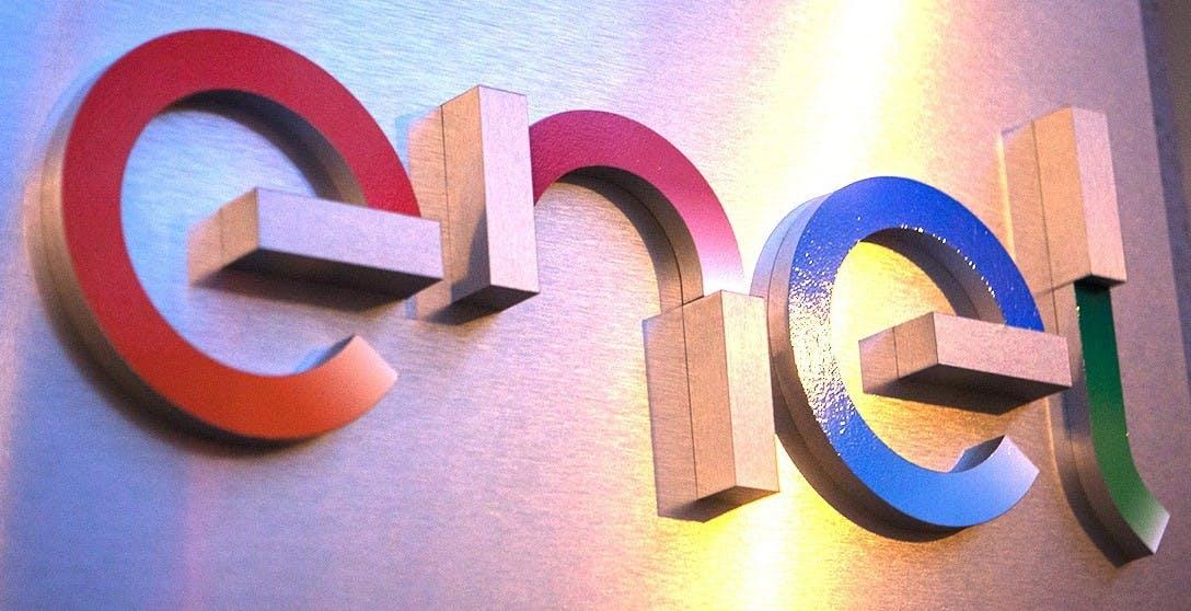 Enel ha firmato per cedere la sua quota in Open Fiber: ora CDP è azionista di maggioranza dell'operatore