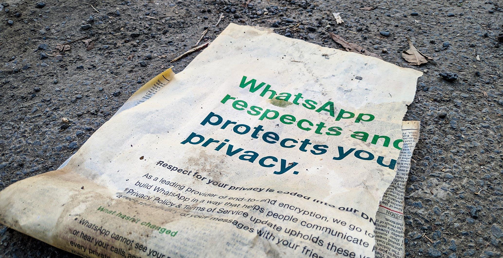 """WhatsApp contraria al controllo automatico delle foto pedopornografiche sugli iPhone decisa da Apple: """"È l'approccio sbagliato"""""""
