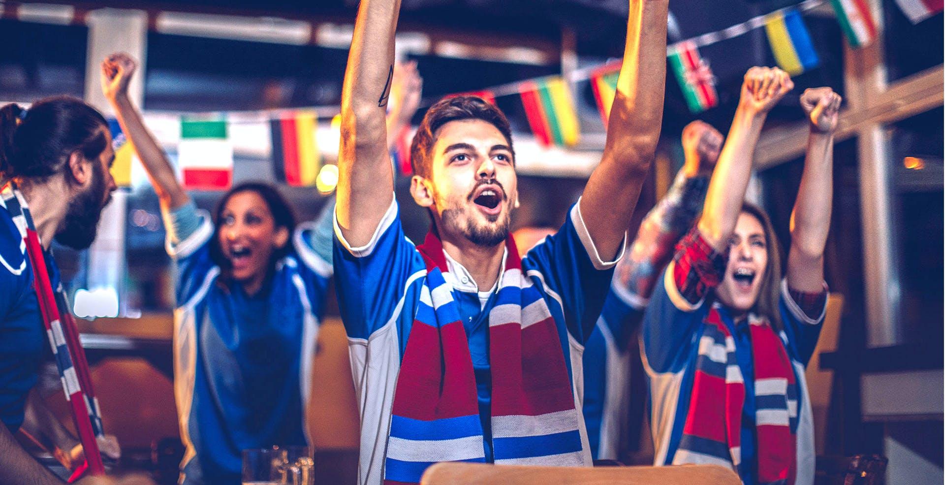 Sky trasmetterà tutta la Champions League, anche le partite di Amazon, nei bar e nei luoghi pubblici