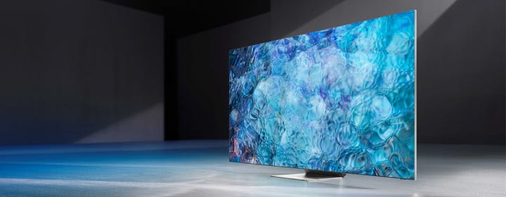 Recensione TV 8K QN900A Neo QLED. Il top dei Mini LED può competere con l'OLED?